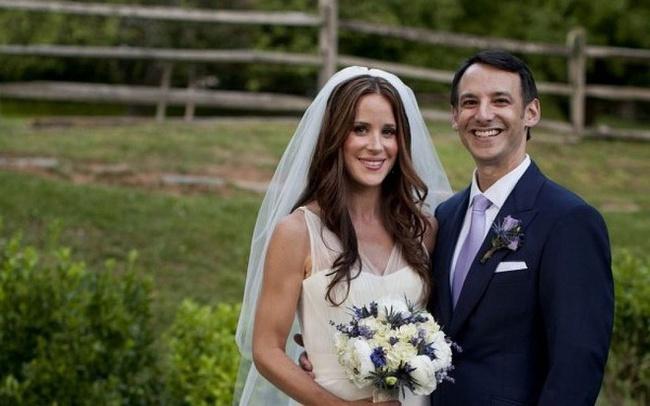 """Điều ít biết về chàng rể xuất chúng cùng nàng dâu xinh đẹp từng khiến ông Joe Biden nói lời cảm ơn vì đã """"cảm hóa"""" con trai mình - Ảnh 4."""