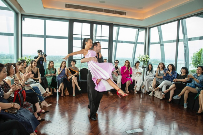 Trương Ngọc Ánh hội ngộ cùng Hoa hậu Hà Kiều Anh trong buổi tiệc trà chia sẻ bí quyết sống khỏe của Đoan Trang - Ảnh 12.