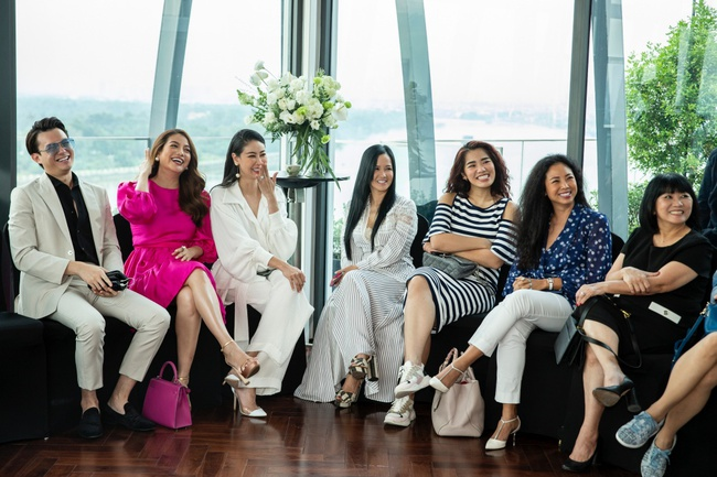 Trương Ngọc Ánh hội ngộ cùng Hoa hậu Hà Kiều Anh trong buổi tiệc trà chia sẻ bí quyết sống khỏe của Đoan Trang - Ảnh 13.