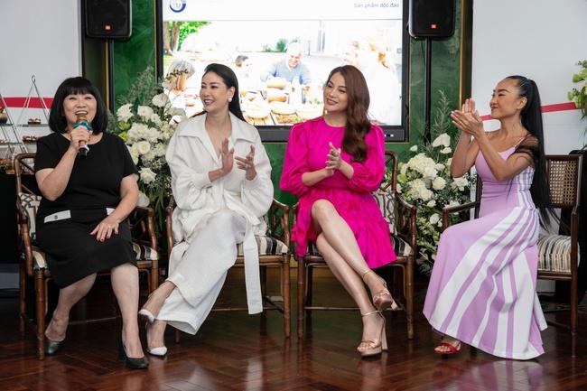 Trương Ngọc Ánh hội ngộ cùng Hoa hậu Hà Kiều Anh trong buổi tiệc trà chia sẻ bí quyết sống khỏe của Đoan Trang - Ảnh 14.