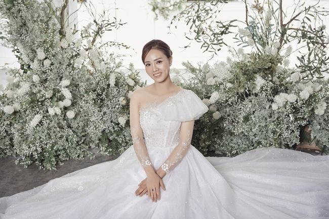 Thụy Vân tiết lộ sẽ chọn váy cưới cho Ngọc Hà - bạn gái NSND Công Lý - Ảnh 4.