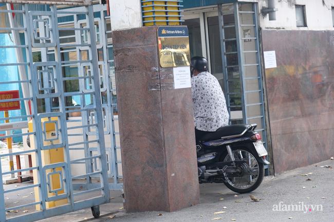 TP.HCM đóng cửa quán cà phê, karaoke, khu cách ly tiếp viên Vietnam Airlines liên quan đến 2 ca nhiễm COVID-19, tổ chức họp khẩn - Ảnh 11.