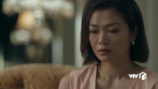 """Hồ sơ cá sấu: Nữ chính Kiều Anh cuối cùng cũng xuất hiện sau 8 tập """"mất tích"""", nhưng chẳng về bên chồng lại ở bên nhà người đàn ông khác - Ảnh 4."""
