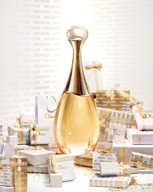 10 chai nước hoa được chị em thi nhau rinh về năm 2020: Toàn mùi hương dễ dùng, không nồng không sến và sang chảnh có thừa - Ảnh 20.