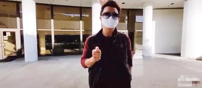 """Dân mạng """"lùng sục info"""" YouTuber tự nhận là người nhà, đến sân bay quay lại hồ sơ thân nhân cố nghệ sĩ Chí Tài  - Ảnh 1."""