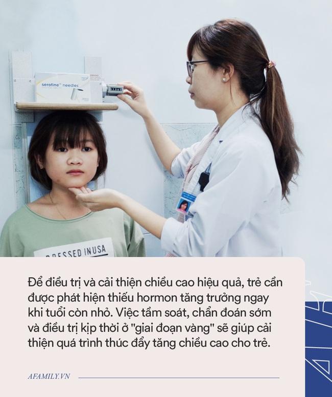 Bác sĩ tiêm hormone giúp bé trai chậm tăng trưởng cao thêm 18cm chỉ trong 7 tháng - Ảnh 3.