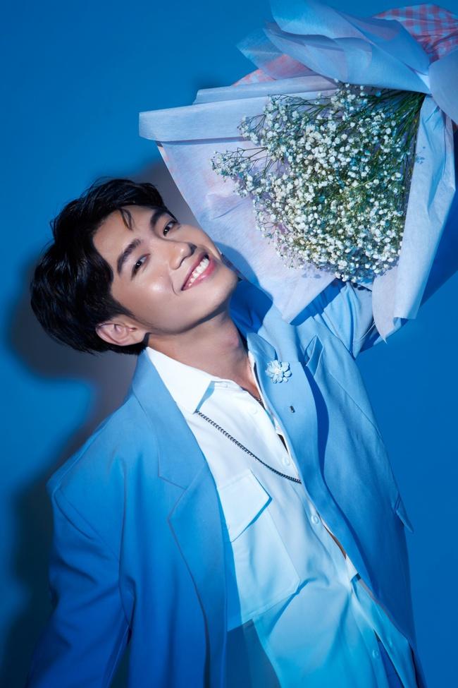 """Bên cạnh những bước nhảy điêu luyện, Quang Đăng khoe vẻ điển trai """"đốn tim"""" fan nữ - Ảnh 9."""