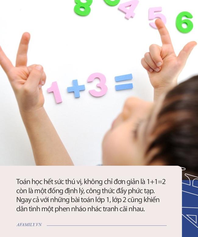 """Bài toán """"Hỏi nhà Lan có tất cả bao nhiêu con gà"""", học sinh tiểu học làm 4x8, giáo viên gạch đi, chọn đáp án 8x4, hội phụ huynh tranh cãi dữ dội - Ảnh 2."""