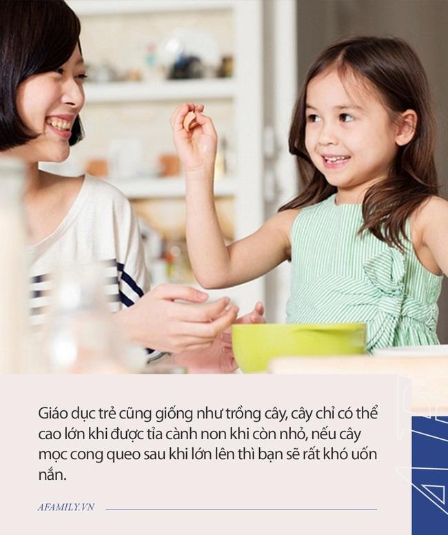 Chuyên gia giáo dục nổi tiếng: Trẻ con có 4 hành động này phải xử lý mạnh tay nếu không trên 6 tuổi rất khó thay đổi - Ảnh 1.