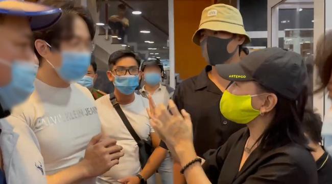 """Bức xúc trước việc nghệ sĩ tới """"xử lý"""" người livestream xúc phạm cố nghệ sĩ Chí Tài, Chi Bảo lên tiếng: """"Hung dữ thì đừng làm nghệ sĩ nữa"""" - Ảnh 2."""