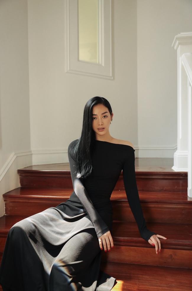 Mai Thanh Hà khoe thân hình đồng hồ cát, tiết lộ bí quyết giữ eo nhỏ xíu - Ảnh 3.