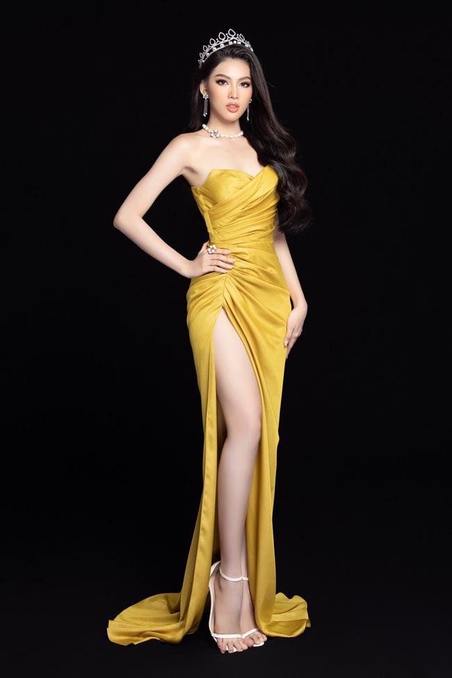 Soi nhan sắc Hoa hậu Đỗ Thị Hà và 2 Á hậu sau một tháng đăng quang - Ảnh 13.