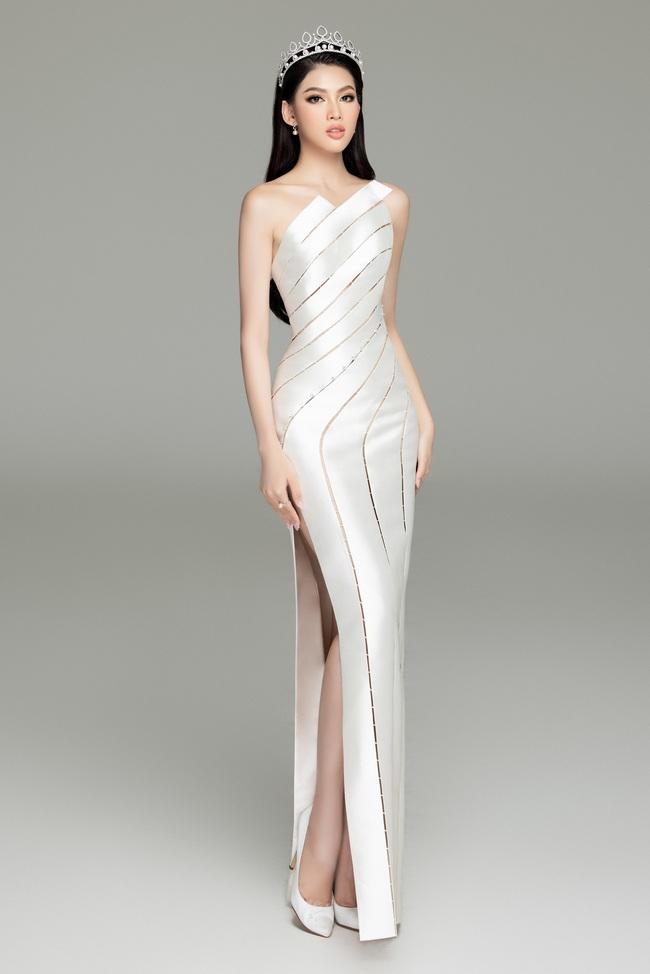 Soi nhan sắc Hoa hậu Đỗ Thị Hà và 2 Á hậu sau một tháng đăng quang - Ảnh 15.