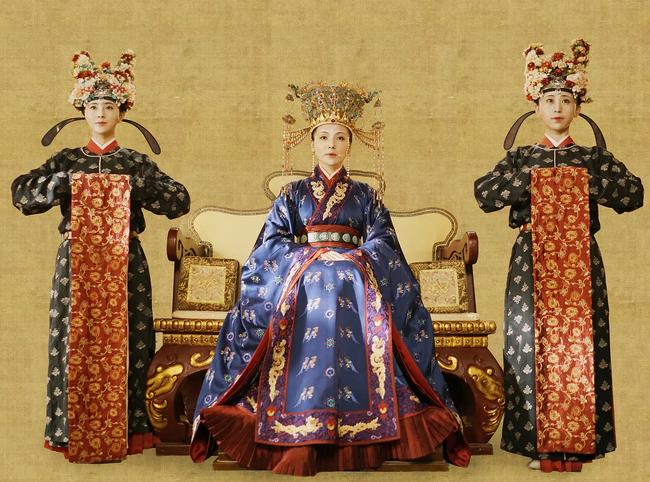 """Vị Hoàng hậu có màn tái hôn """"rực rỡ"""": Cưới thợ bạc nhưng bị chồng bán đi, lén lút hẹn hò với người trong mộng rồi từng bước lưu danh sử sách - Ảnh 2."""