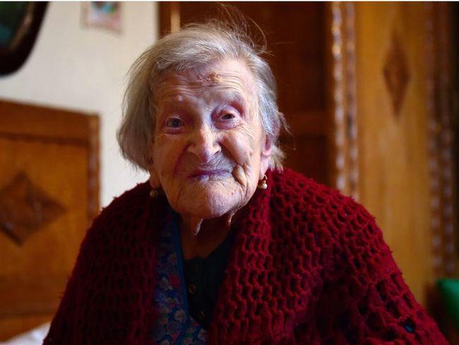 Bữa ăn của những người sống thọ trên 100 tuổi có những gì? - Ảnh 2.