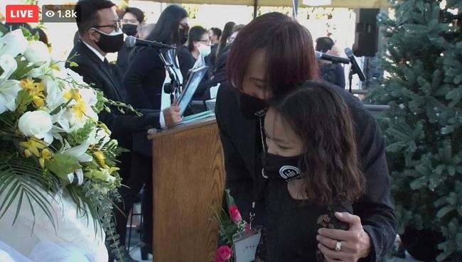 Nghệ sĩ Việt Hương kìm nén cảm xúc khi con gái hỏi về chuyện cố nghệ sĩ Chí Tài ra đi - Ảnh 3.