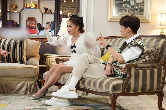 Trấn Thành lại nhắc tình cũ của người khác trên truyền hình, Ngô Kiến Huy tái mặt vì bị hỏi về Khổng Tú Quỳnh - Ảnh 4.