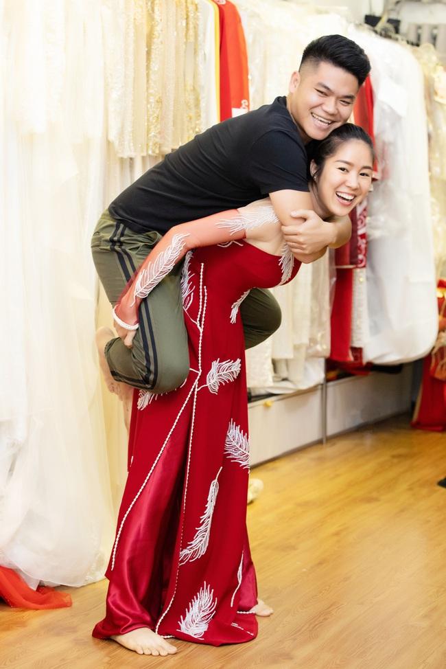 """Trở lại showbiz sau 1 năm tập trung làm mẹ bỉm sữa"""", Lê Phương được ông xã ủng hộ nhiệt tình - Ảnh 6."""