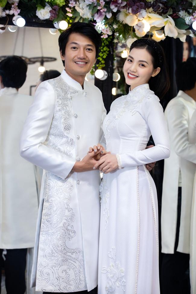 """Trở lại showbiz sau 1 năm tập trung làm mẹ bỉm sữa"""", Lê Phương được ông xã ủng hộ nhiệt tình - Ảnh 10."""