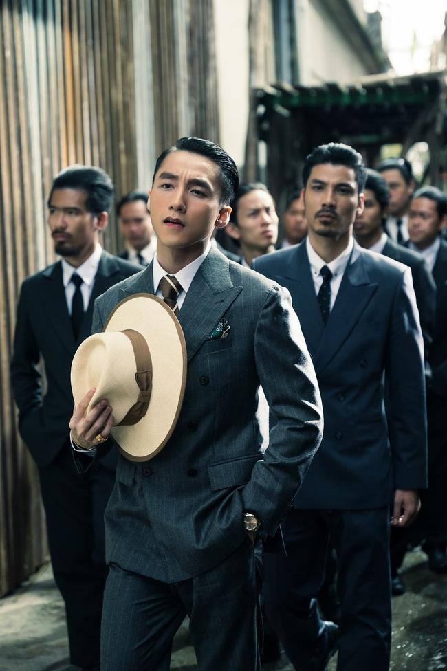 Sơn Tùng M-TP kể chuyện yêu xuyên không với Hải Tú, MV  giống hệt phim TVB, cả bài hát chỉ có 1 câu duy nhất - Ảnh 2.