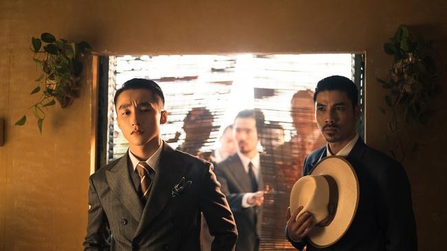 Sơn Tùng M-TP kể chuyện yêu xuyên không với Hải Tú, MV  giống hệt phim TVB, cả bài hát chỉ có 1 câu duy nhất - Ảnh 12.
