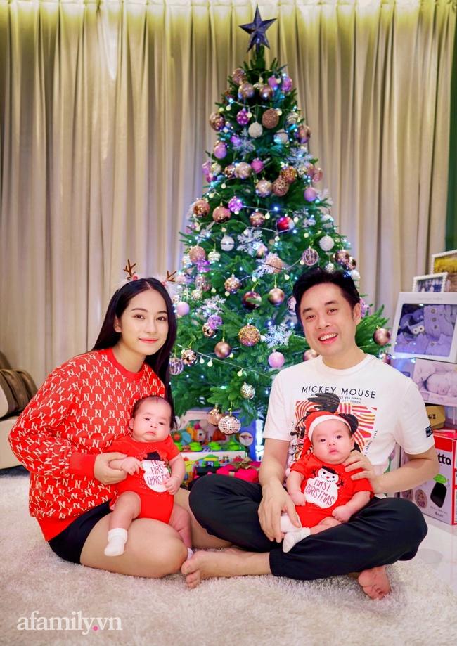 Gia đình Dương Khắc Linh - Sara Lưu háo hức đón Giáng sinh thật đặc biệt bên cặp song sinh đáng yêu - Ảnh 2.