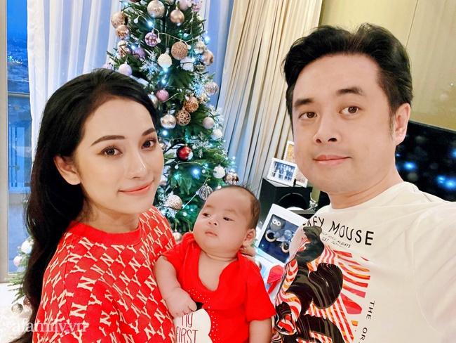 Gia đình Dương Khắc Linh - Sara Lưu háo hức đón Giáng sinh thật đặc biệt bên cặp song sinh đáng yêu - Ảnh 8.