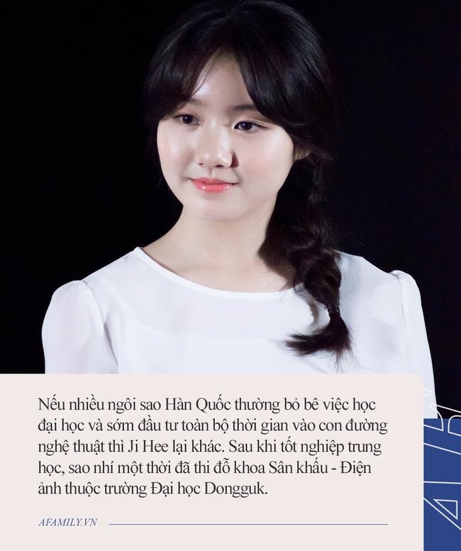 """Sao nhí """"láo toét"""" nhất châu Á ngày ấy: Tuổi đôi mươi lột xác thành thiếu nữ xinh đẹp, ngó sang thành tích học tập lại càng choáng váng - Ảnh 4."""
