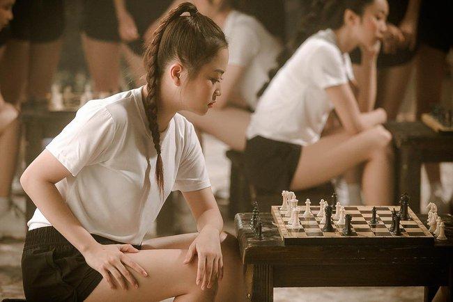 Nhóm nữ 23 cô gái - SGO48 tung MV cùng lúc với Sơn Tùng M-TP, lên tiếng về chuyện bị so sánh - Ảnh 4.