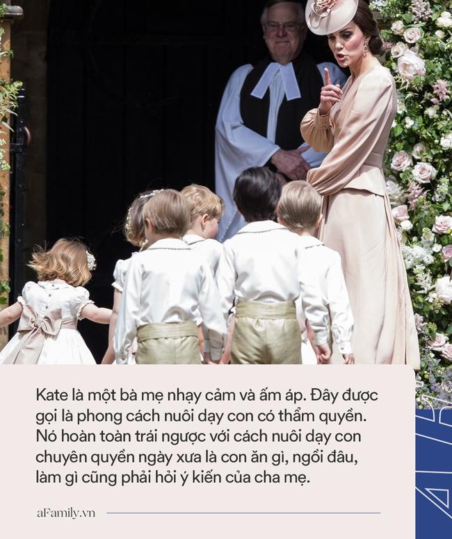 """5 điều Công nương Kate làm cho các con được ngợi khen hết lời, nhưng lại khiến Meghan """"muối mặt"""" vì nhìn thôi cũng đã chào thua - Ảnh 3."""