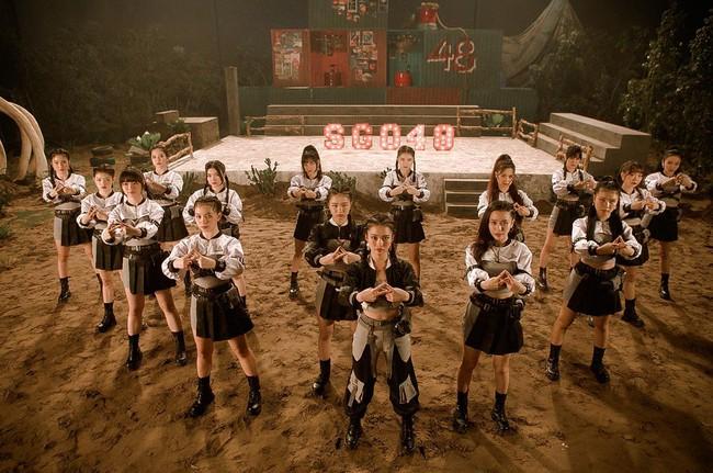 Nhóm nữ 23 cô gái - SGO48 tung MV cùng lúc với Sơn Tùng M-TP, lên tiếng về chuyện bị so sánh - Ảnh 3.
