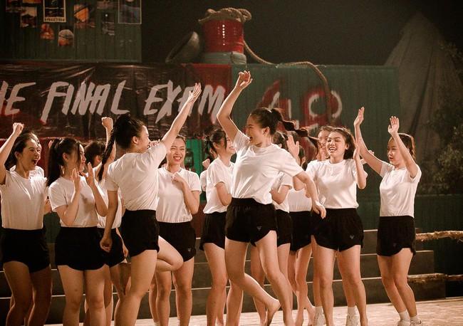 Nhóm nữ 23 cô gái - SGO48 tung MV cùng lúc với Sơn Tùng M-TP, lên tiếng về chuyện bị so sánh - Ảnh 7.