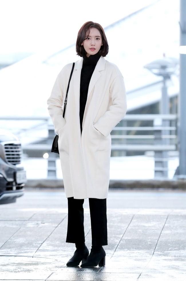Style công sở của Yoona từ phim ra ngoài đời đều chuẩn đẹp và thanh lịch, lại đơn giản ai cũng áp dụng được - Ảnh 6.