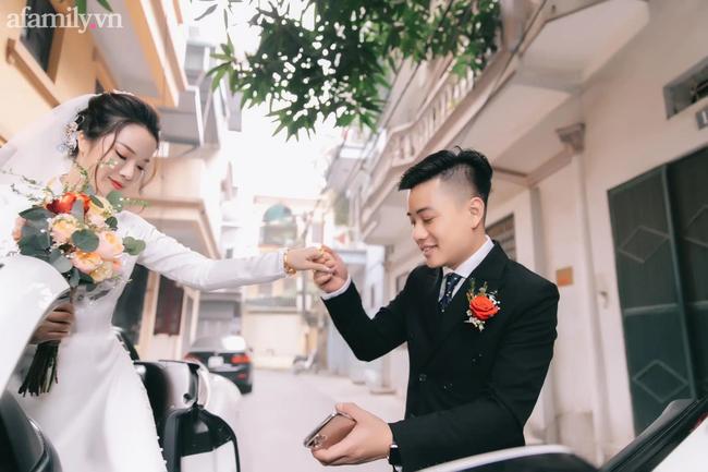"""Hot facebooker Hường Nguyễn (Hường Chuối): """"Tựa đúng người thì hạnh phúc, tựa sai người thì thà tựa tường còn hơn"""" - Ảnh 7."""