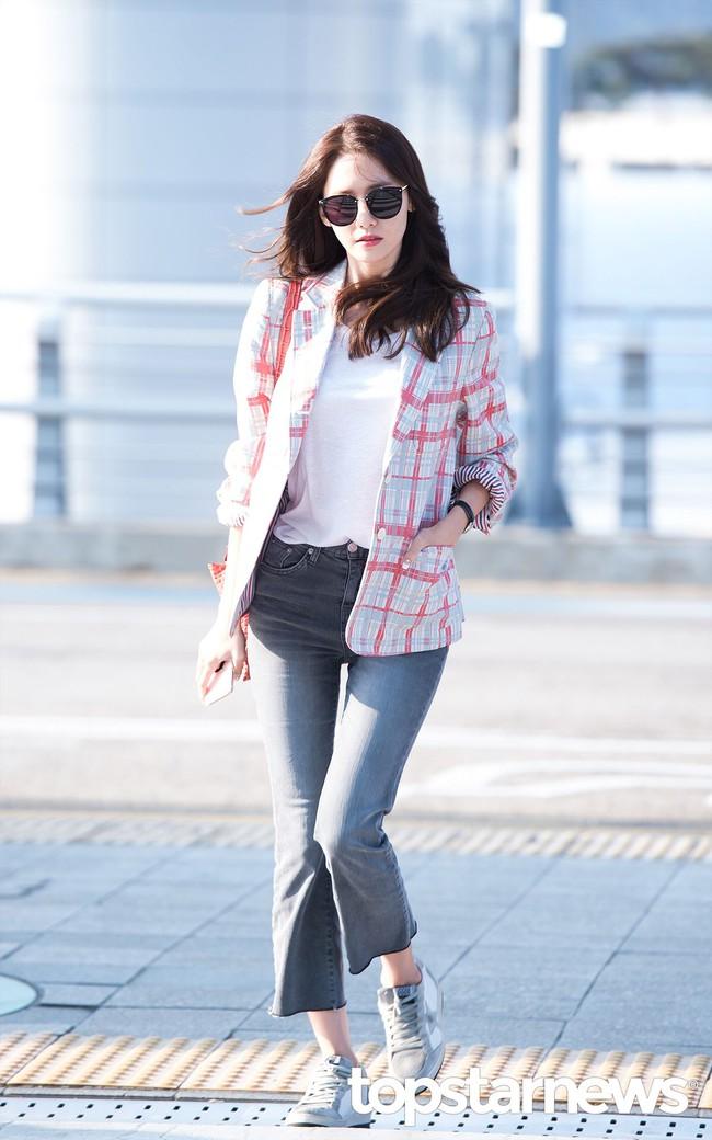 Style công sở của Yoona từ phim ra ngoài đời đều chuẩn đẹp và thanh lịch, lại đơn giản ai cũng áp dụng được - Ảnh 12.
