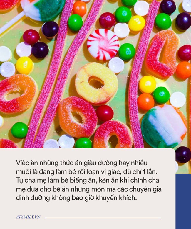 Tại sao bé hay đòi ăn kẹo bánh, bim bim thay vì ăn cơm? - Ảnh 1.