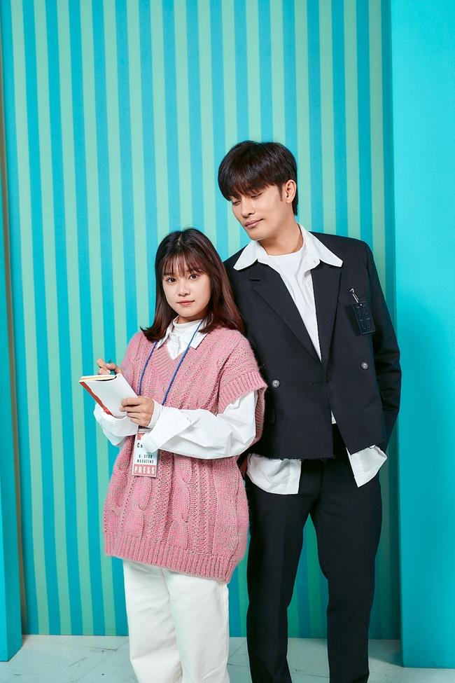 Hoàng Yến Chibi nựng má, sà vào lòng Sung Hoon trong bộ phim chiếu ở Hàn Quốc  - Ảnh 6.