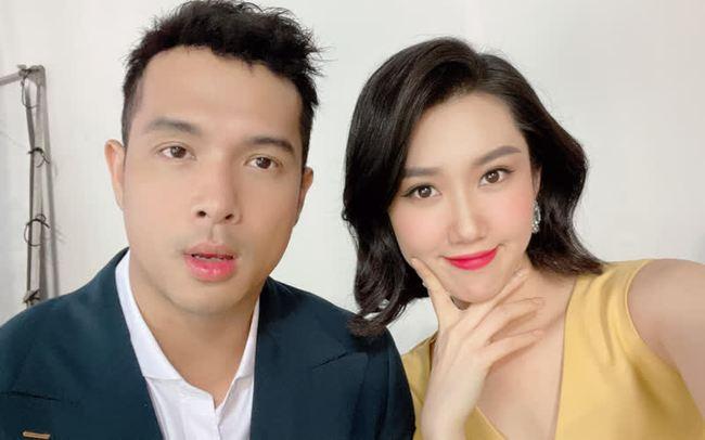"""Cặp đôi Vbiz được fan tích cực """"đẩy thuyền"""": Hoàng Thùy Linh - Gil Lê ngày càng thoải mái xuất hiện bên nhau, Noo Phước Thịnh - Mai Phương Thúy thừa nhận là vợ chồng - Ảnh 9."""