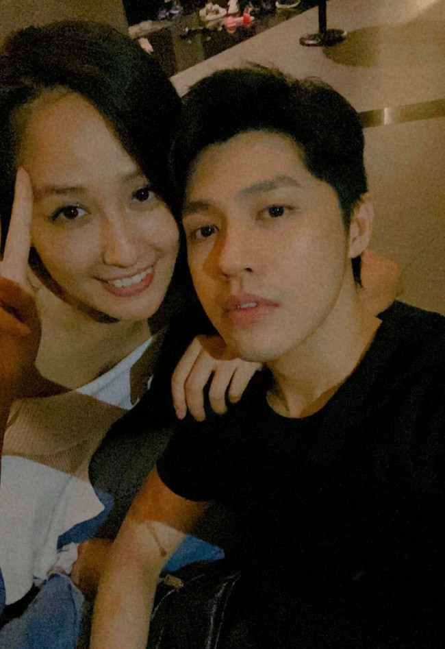 """Cặp đôi Vbiz được fan tích cực """"đẩy thuyền"""": Hoàng Thùy Linh - Gil Lê ngày càng thoải mái xuất hiện bên nhau, Noo Phước Thịnh - Mai Phương Thúy thừa nhận là vợ chồng - Ảnh 1."""