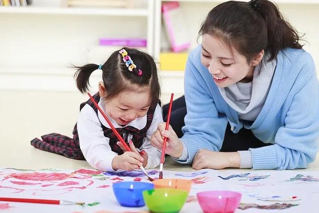 Giáo dục gia đình vô cùng quan trọng, cha mẹ ban đầu không làm tốt 3 việc này, con cái về sau khó có thể trưởng thành giỏi giang - Ảnh 1.