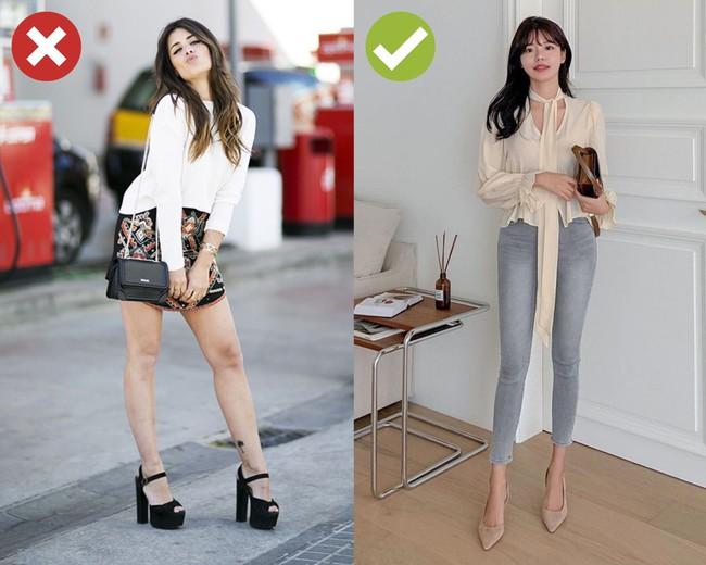 """4 kiểu giày cực dễ """"dìm"""" dáng, hội chân dài cũng không tránh khỏi bị ăn bớt vài phân chiều cao - Ảnh 2."""
