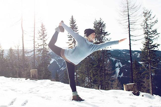 Chuẩn bị đón rét đậm rét hại, ai cũng cần tập thể dục theo 6 cách sau để giữ ấm, nâng cao sức khỏe và giảm khô da - Ảnh 1.