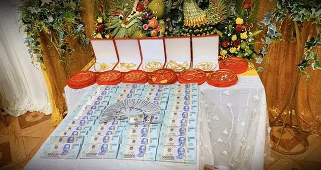 """Năm 2020 với hàng loạt đám cưới khủng: Duy Mạnh, Công Phượng tổ chức hôn lễ sang chảnh nhưng hồi môn """"dễ sợ"""" nhất lại thuộc về đám cưới Sài Gòn! - Ảnh 14."""