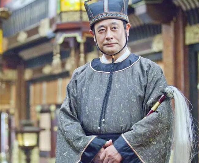 Thái giám Trung Hoa ngày xưa bất luận là triều đại nào cũng luôn mang 1 cây phất trần bên người, rốt cuộc là vì nguyên do gì? - Ảnh 1.