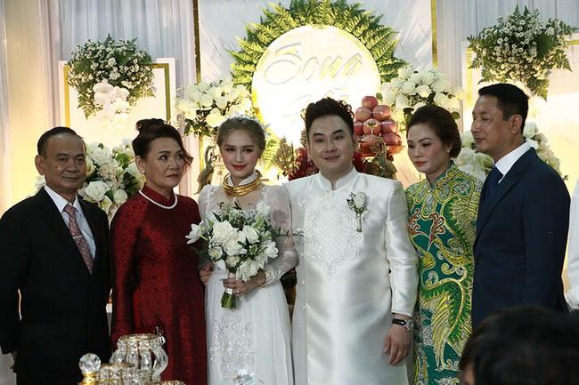 """Năm 2020 với hàng loạt đám cưới khủng: Duy Mạnh, Công Phượng tổ chức hôn lễ sang chảnh nhưng hồi môn """"dễ sợ"""" nhất lại thuộc về đám cưới Sài Gòn! - Ảnh 8."""