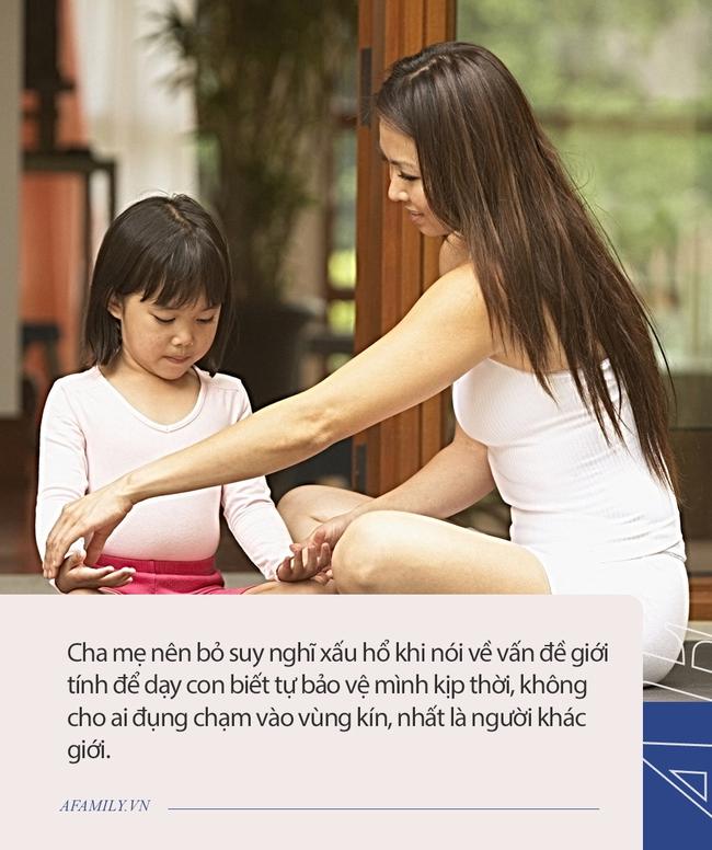 """""""Mẹ ơi, bạn cùng bạn cứ sờ vào người con"""", câu trả lời thấu đáo của người mẹ vừa xoa dịu được con vừa dạy con bài học xử lý tình huống tuyệt vời - Ảnh 3."""