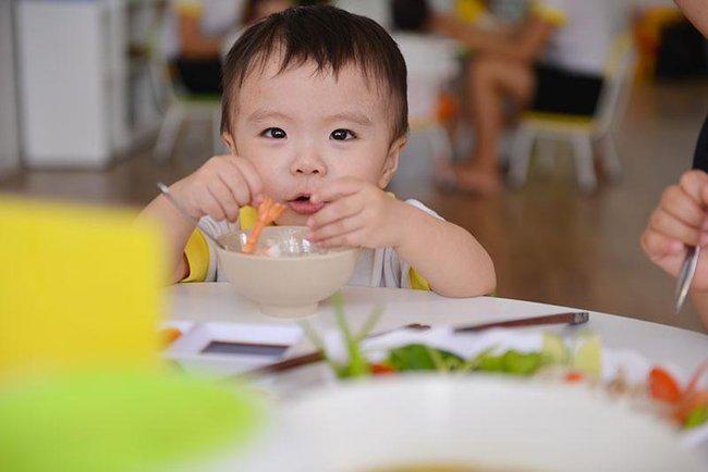 """3 """"trụ cột"""" giúp trẻ phát triển trí não khỏe mạnh, cha mẹ rất hay mắc sai lầm ở điều số 1 - Ảnh 4."""