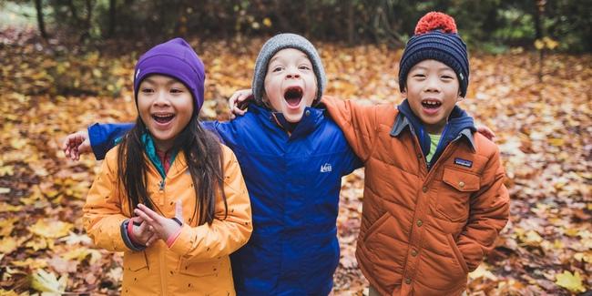 Mách mẹ 7 mẹo để mặc quần áo cho trẻ sao cho ấm nhất chuẩn nhất mùa đông này - Ảnh 2.