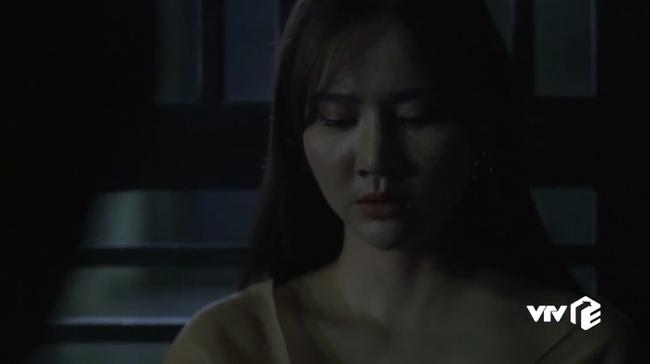 Hồ sơ cá sấu: Mạnh Trường bẽ mặt khi bị Lan Phương công kích vì làm chồng còn thua cả người yêu cũ của vợ - Ảnh 1.