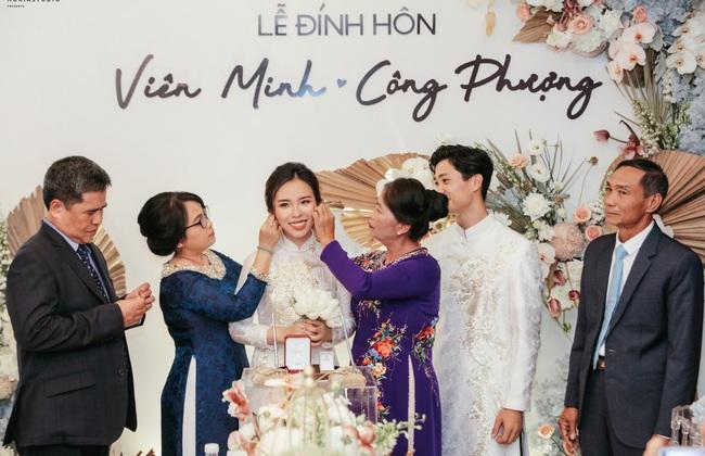 Soi 2 đám cưới Công Phượng và Bùi Tiến Dũng: Tổ chức tận 3 nơi, dàn khách mời khủng và những chi tiết đặc biệt - Ảnh 4.